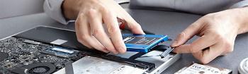 לפטופ אקספרט מעבדת תיקון מחשבים ניידים מהגדולות בארץ, המעניקה שירות איסוף ללקוחות ברחבי הארץ, כל סוגי תיקון מחשב נייד כולל החלפת מסך לפטופ , החלפת מקלדת ללפטופ, תיקון לוח אם ללפטופ.
